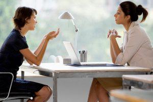 Luôn lắng nghe mọi ý kiến của khách hàng và thấu hiểu tâm tư của họ