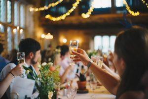 Tổ chức sự kiện dành riêng cho khách hàng thân thiết