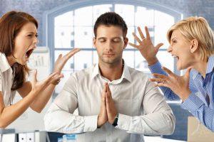 Xử lý tình huống nhân viên có thái độ với khách