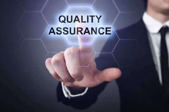 Công việc của chuyên viên quản lý chất lượng là đánh giá kết quả làm việc