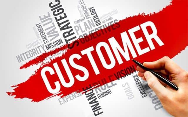 Mọi hoạt động đều nên hướng tới khách hàng.